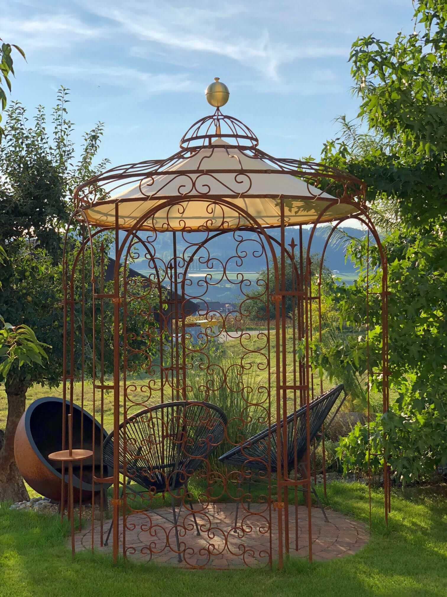 Gartenpavillon Siena mit Sonnensegel und Rankgitter Rosa