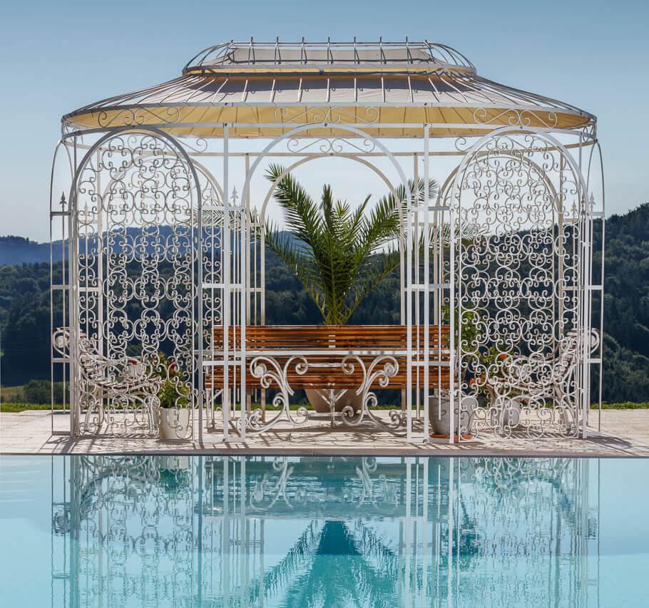 Gartenpavillon Verona mit Sonnensegel und Rankgitter Rosa