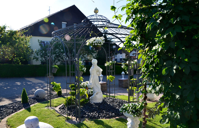 Pavillon Milano - Pulverbeschichtet mit Messingkugel